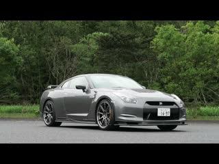 GT-R Magazine — Nissan GT-R R35.