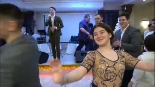 ОЧЕНЬ! КРАСИВЫЕ ЧЕЧЕНСКИЕ СВАДЬБЫ 2021 Элина Дагаева — Красивая лезгинка (2021)