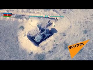 Минобороны Азербайджана поделилось кадрами уничтоженной утром боевой техники ВС Армении.