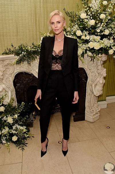 Ирина Шейк, Виктория Бекхэм, Шарлиз Терон и другие на вечеринке журнала Vogue в Лондоне
