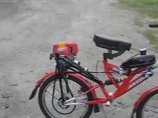"DIY Handmade motorbicycle ""Atom"" with Honda GX31 trimmer engine. Самодельный мотовелосипед ""Атом""."