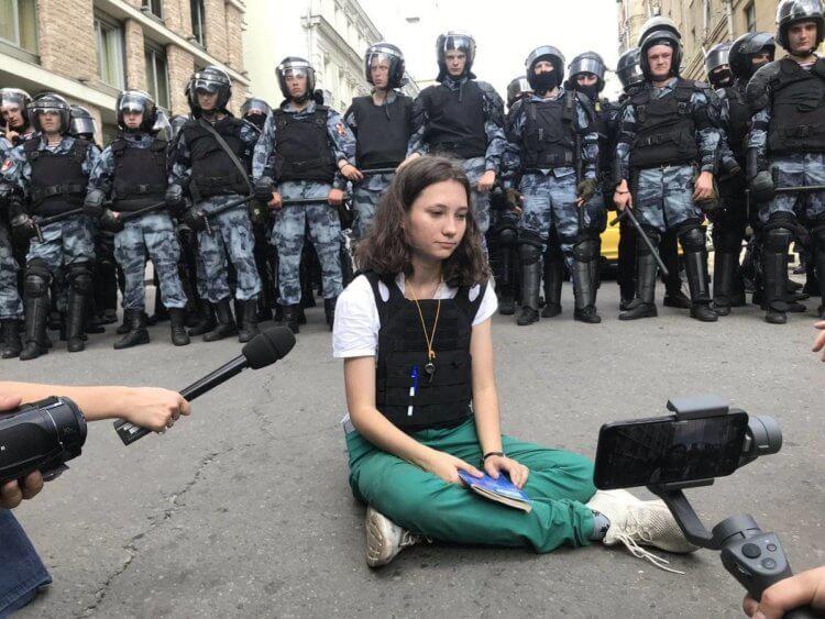 Мирные протесты работают во всем мире