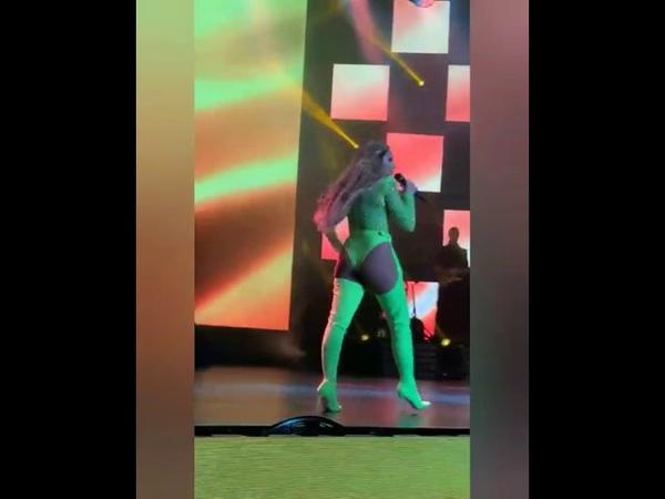 Hadise Harbiye Açıkhava Konseri (Seksi Dans Show)
