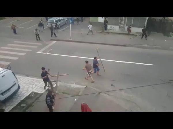 Lupta pe strada Targu Neamt