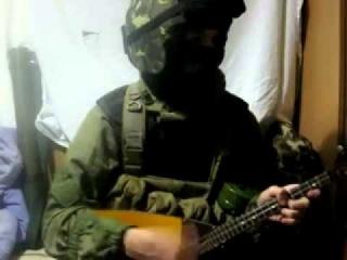 Ополченец в Славянске не сдержался и выдал свое русское происхождение, сыграв