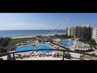 Продается меблированная двухкомнатная квартира в 4**** Маджестик апарт-отель Солнечный берег Болгари