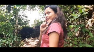 Филиппины, фрукты, и филиппинка Helen