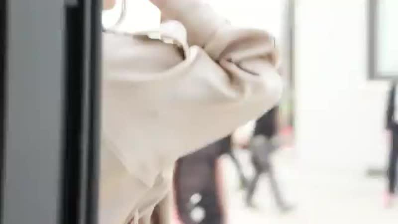 Найва Нимри для Армани бренд опубликовал видео в своих соцсетях 21 09 2020