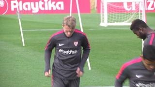 Kjaer vuelve a entrenarse en la previa del Girona