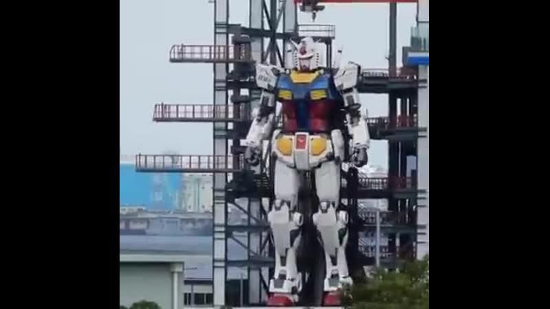 Статуя Гандама в натуральную величину в Японии теперь может двигаться