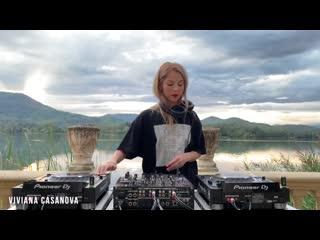 Viviana Casanova - Live  Lake of Banyoles