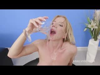 Basined, Lara De Santis turns wild with Balls Deep Anal, DAP, Pee Drink and Swallow GIO1622 (02-12-2020) 720p