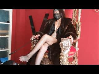 Empress mi̇stress rei̇na worshi̇p my goddess feet!