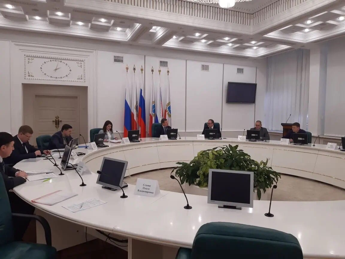 В правительстве Саратовской области прошли переговоры с потенциальным инвестором о возможности размещения завода по переработке семян технических культур на территории ТОСЭР «Петровск»