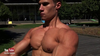 19 Yr Old Teen Fitness Mens Physique Blake Synclair Styrke Studio