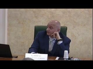 Сенатор Людмила Нарусова (мать Ксении Собчак) — о «бомжеватых» пикетчиках