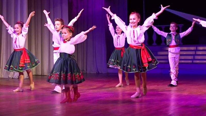 Plai natal Olivia Carmen Prado performing in Moscow May 2016