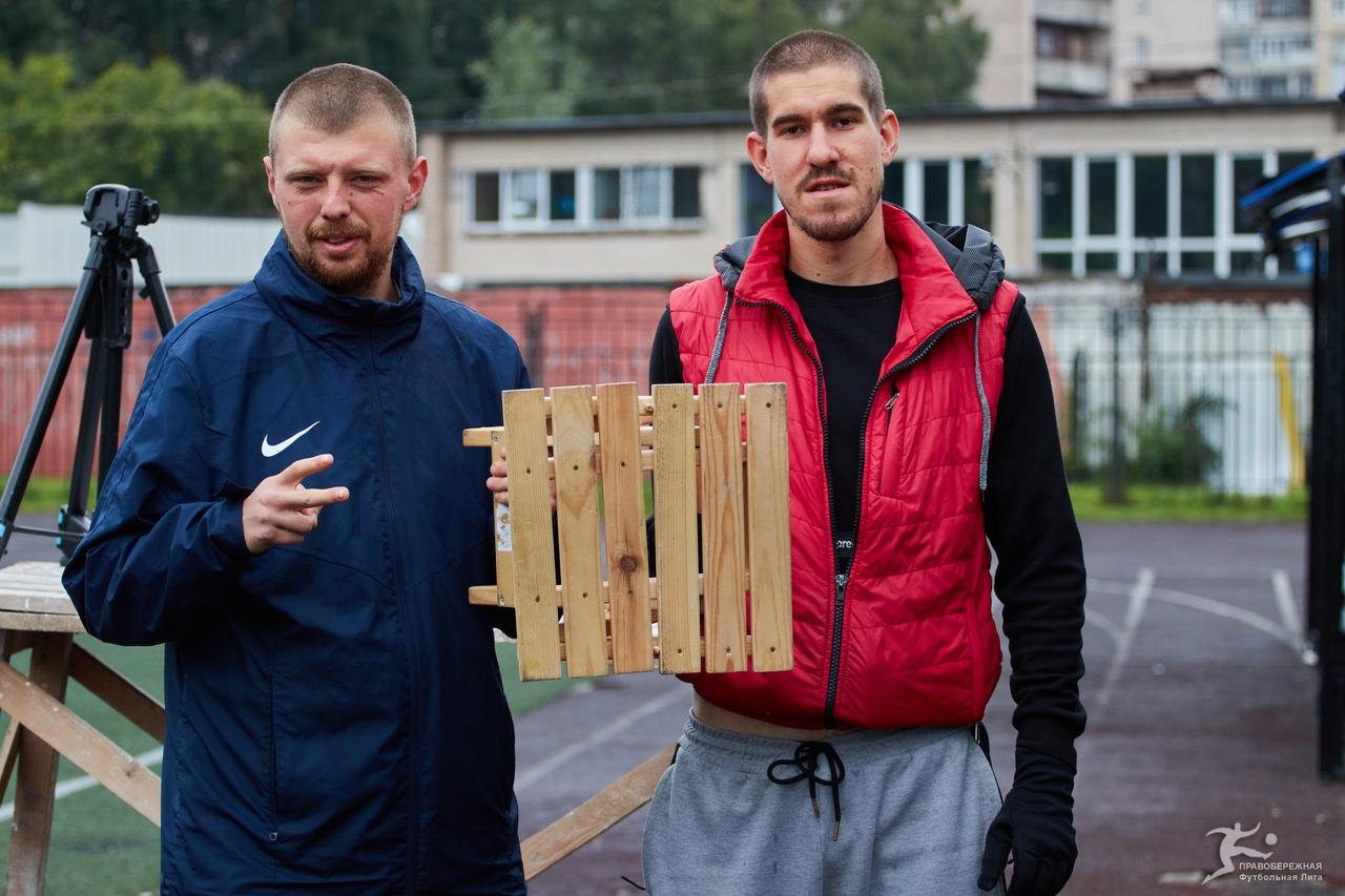 Александр Артемов и Антон Коморников