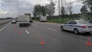 Под Тверю на трассе М-10 автозак полиции протаранил фуру