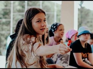 Карпинские школьницы - об «Орлёнке»