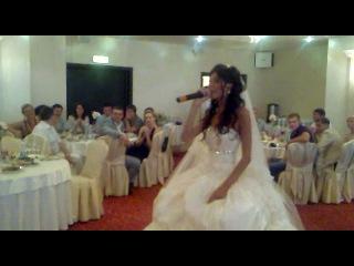 Саша(PartyPhone) и Маша(невеста)