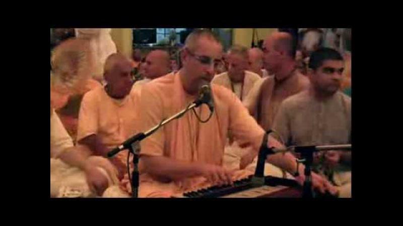 Kirtan Mela 2014 Mayapur Day 3 : HH Niranjan Swami