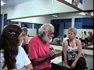 Ieambi: Mestre Armando Wrietz no Setor Leste I; Dom Ivan, Peter, Bella, Laura e Jacó