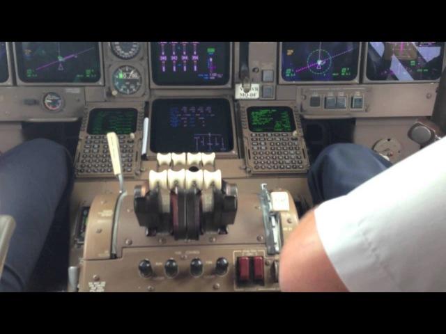 Взлет Пхукет Трансаэро Боинг 747 400