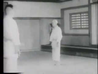 God of judo! 10 dan (Kyuzo Mifune) Incredible. The old man works wonders