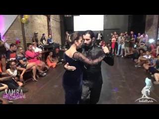 Baila Mundo - Diogo Carvalho e Bruna Estellita (Baile de Lançamento do Sambamaníacos 2016)