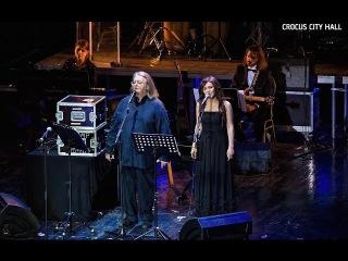 Дина Гарипова в Crocus City Hall 2015. Backstage