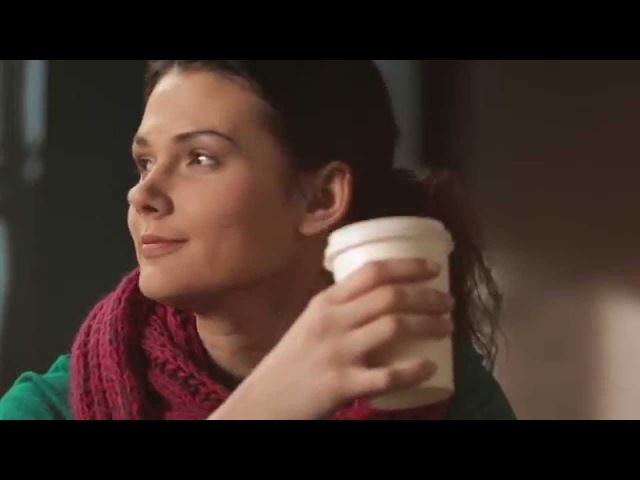 В кафе Социальная реклама Deffi на жестовом языке