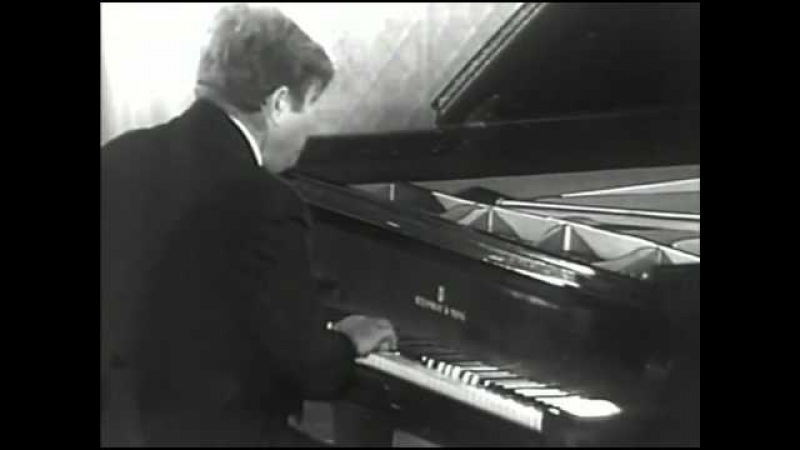 Emil Gilels - Bach-Busoni - Prelude and Fugue in D major, BWV 532