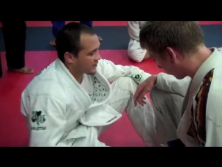 Bj Penns brother Reagan teaches how to beat the scramble with guillotine control