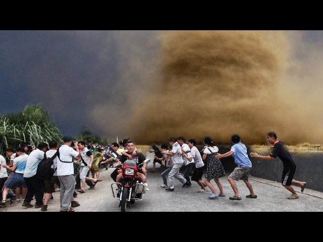 모든 집들 을 날려버리는 토네이도의 무서운 힘 무서운 자연재해
