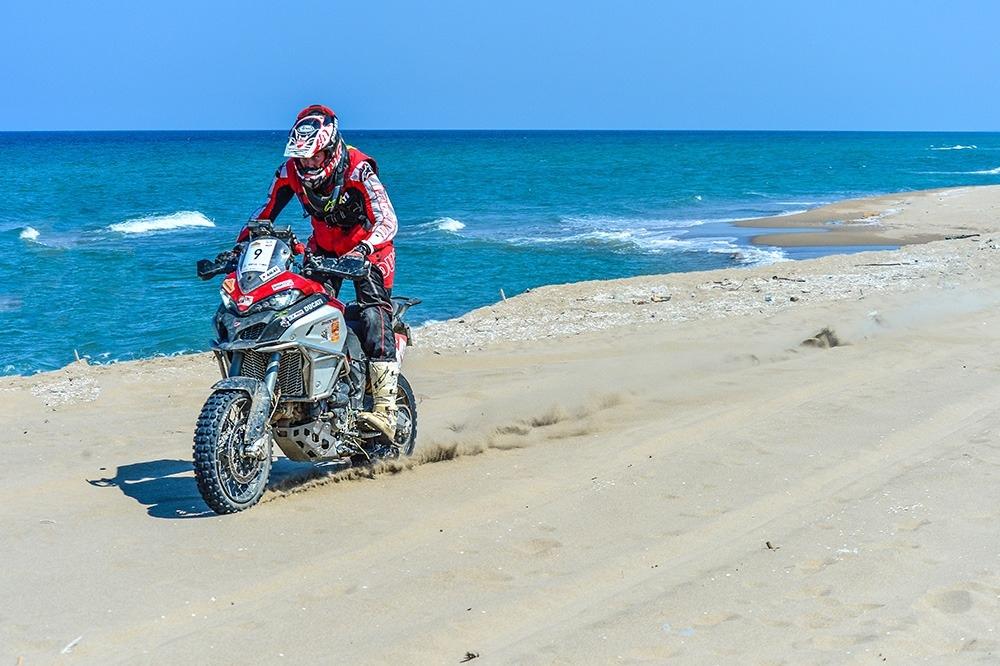 Андреа Росси на Ducati Multistrada 1260 Enduro выиграл ралли Трансанатолия 2020