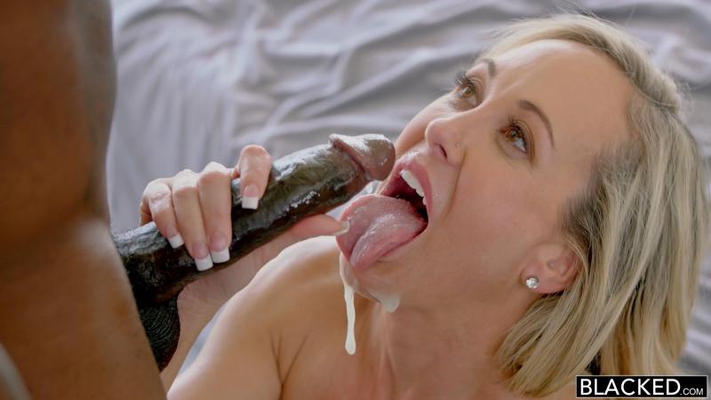 Brandi Love ( I Couldnt Help MILF, Blonde, Big ass, Big tits, Interracial, HD