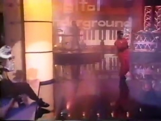 Digital Underground - The Humpty Dance (Live at Arsenio Hall) (1990)