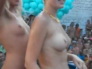 раз беременные на пляже голые секс Да, действительно. Это было