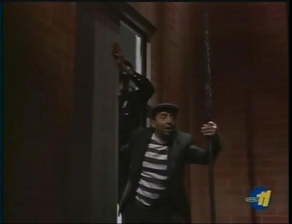 Chespirito - Chompiras: A Eletricidade é Perigosa! (Dub. BKS)
