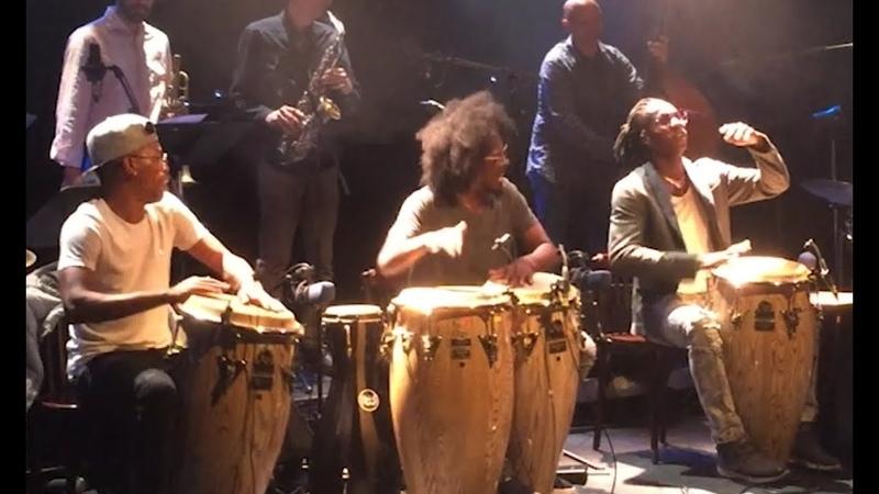 Machito    ¿Que Vola?    Trio Peligroso d'Osain del Monte    Congas    JazzRumba    Paris