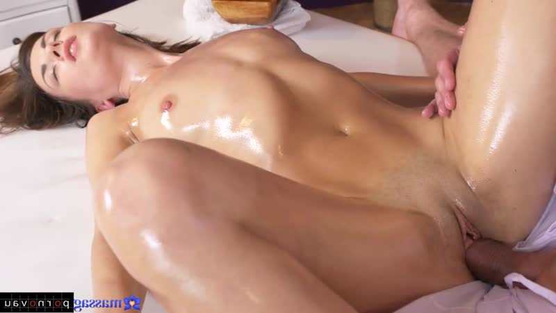 Camilla Moon aka Ambika Gold Massage Premium, Pussy, Shaved, In oil, Cumshot