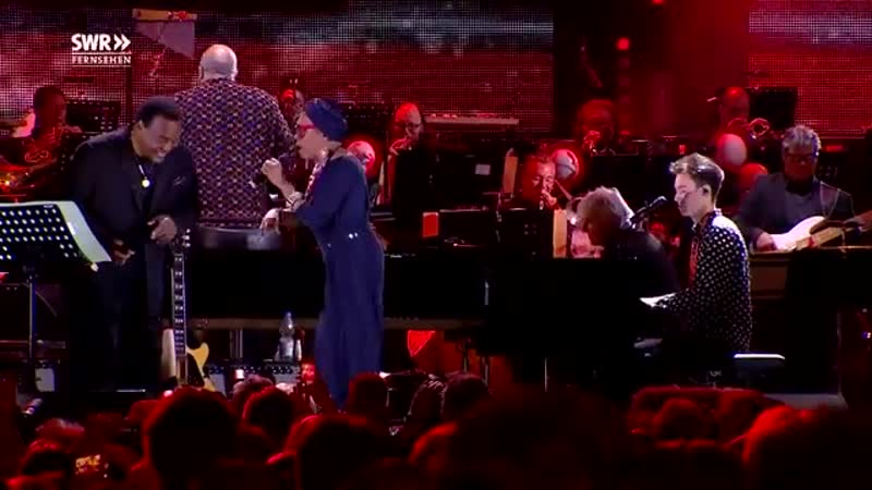Throwback to jazzopen stuttgart earlier this year with George Benson, Dee Dee...