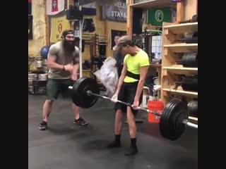 Strength of Body. Парень с дцп делает становую 90 кг
