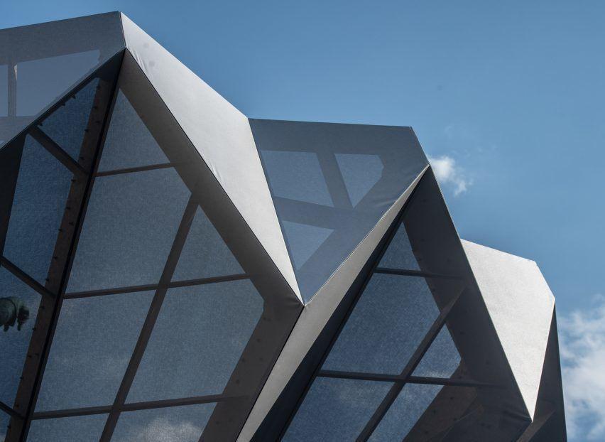 Studio Morison wraps statue of Maximilian I in Munich plaza with origami-like pavilion