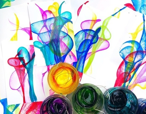 рисунок нитками на бумаге и краски рамка осеннюю