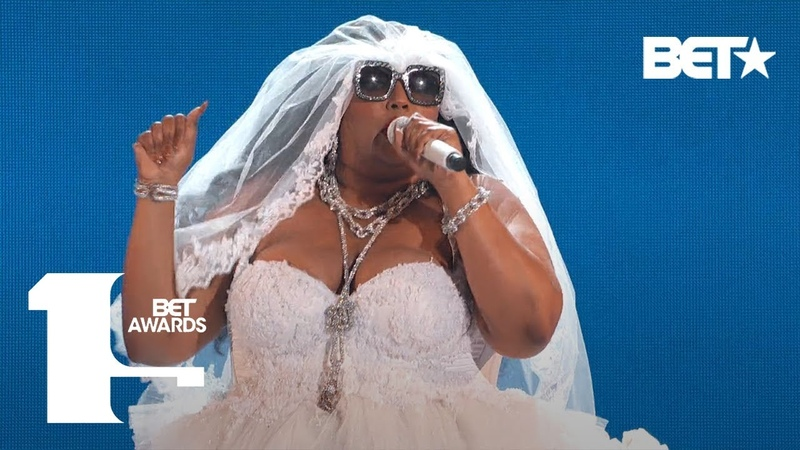 """Lizzo Proves She's 100% That B***h In Truth Hurts"""" Performance BET Awards 2019"""
