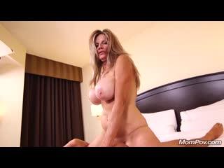 Молодой трахает старую бабу old granny sex pov porn milf mom mature fuck tit busty ass boob hd (инцест со зрелыми мамочками 18+)
