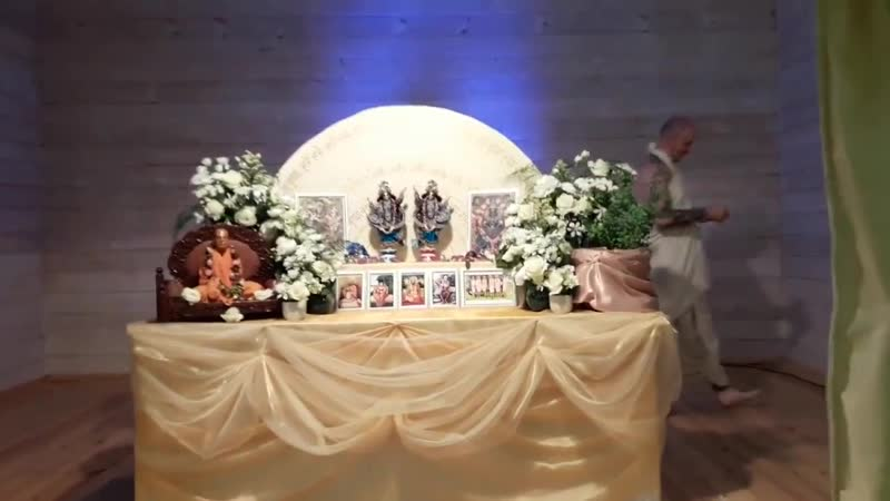 Махимаарнава Прабху - Киртан (Джапа ретрит БЧС 2018)