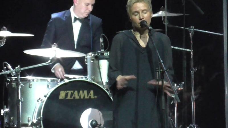 Сурганова и Оркестр - Вот и ты. Игра в классики. 05.12.2014.